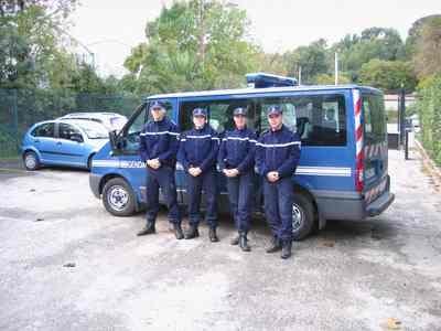 Rencontre homme policier